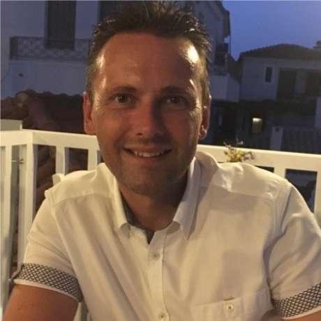 Robin Draper - Sales Manager
