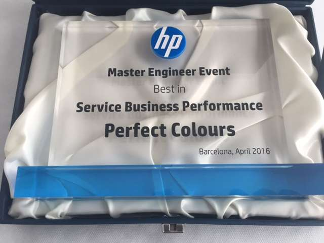 It's awards season at Perfect Colours!
