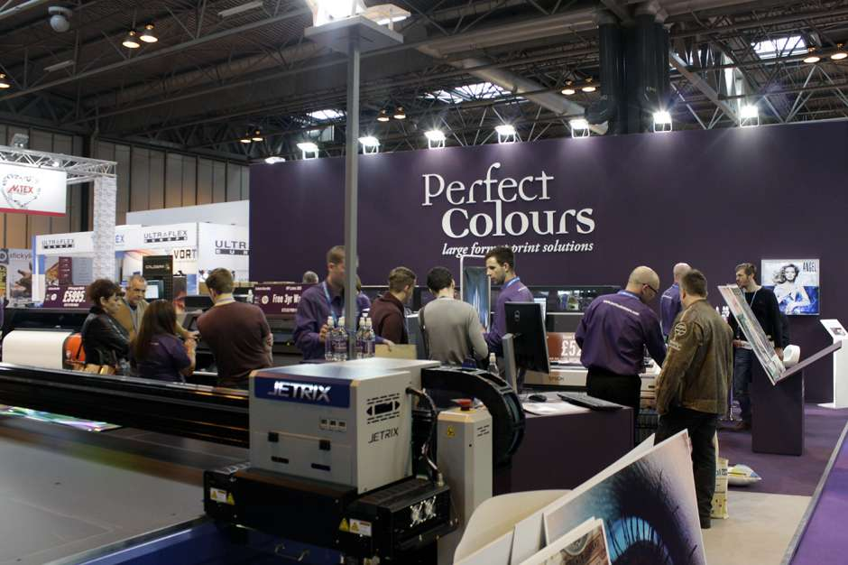 Perfect Colours to present Bigger Picture for Sign and Digital UK attendees