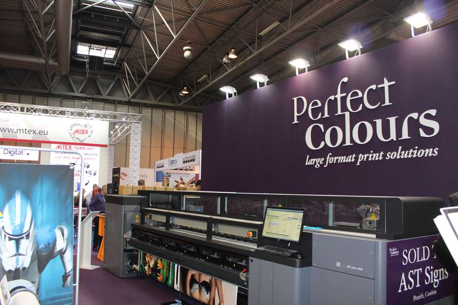 Break into large-format with Perfect Colours at SDUK