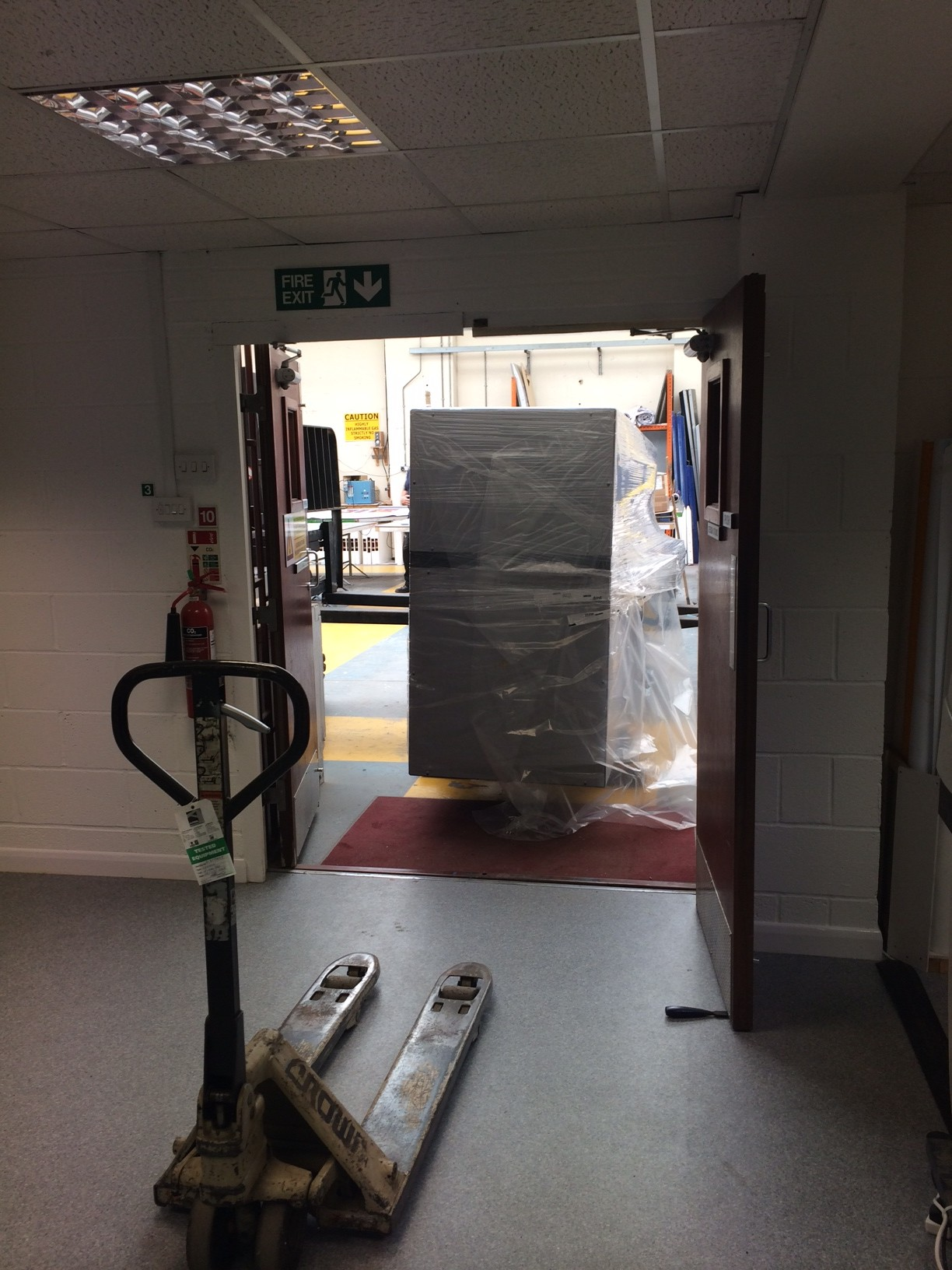 Harris Signs Takes Delivery of Durst Omega 2